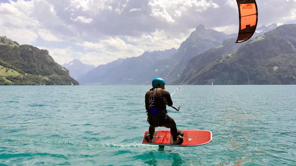 Kitefun Foilkiten Urnerse Schweiz