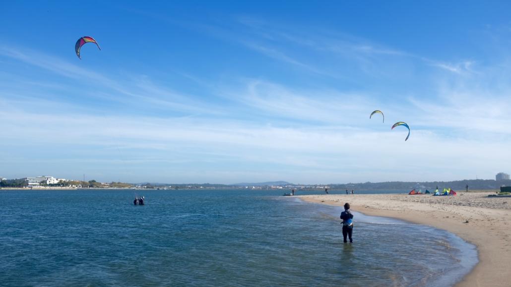 Kitesurfen Portugal Ausblick Lagune flussaufwärts